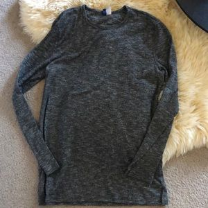 H&M Gray Knit Long Sleeve